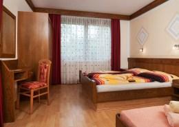 Apartment Abendrot Schlafzimmer mit Doppelbett