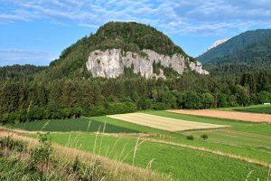 Vorderansicht des Klettergarten Kanzianiberg
