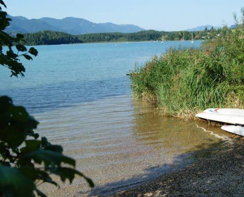 Flacher Zugang zum Faaker See